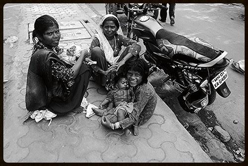 Ghar Ki Kheti Hai Bacche Paida Karo by firoze shakir photographerno1