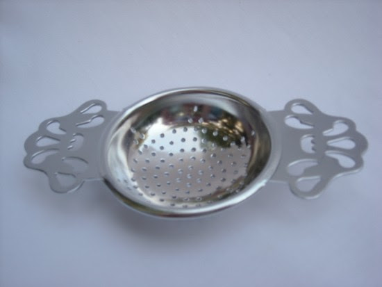 Click Here for silver tea strainers