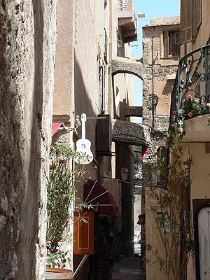 vieilles rues de Bonifacio.jpg