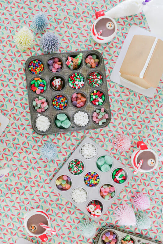 How To Host A Childrens Gingerbread House Decorating Party Jenny
