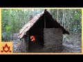 Construir un cabaña solo con materiales naturales