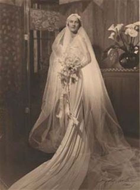 Gallery For > 1940 Wedding Dresses   Philadelphia Story