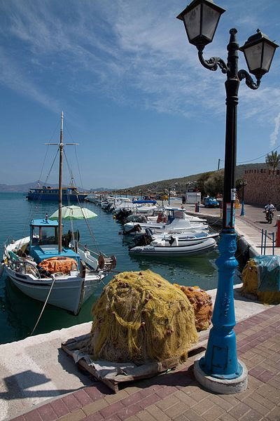 File:Fishing boat and nets at Megalochori, Agkistri Island, Greece.jpg