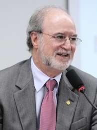 Deputado Eduardo Azeredo (PSDB-SP) defende que servidores guardem logs de acesso Foto: Luiz Alves / Agência Câmara