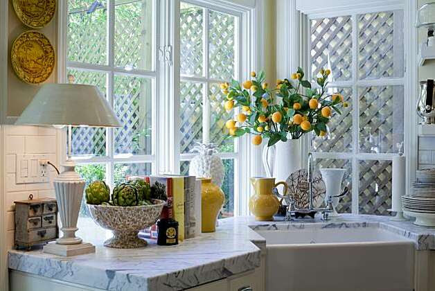 Kitchen of an Edwardian home owned by two former executives of Williams-Sonoma. Photo: Peter DaSilva, Special To The Chronicle