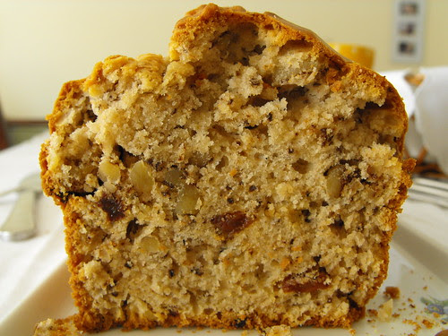Pão/bolo de passas e nozes