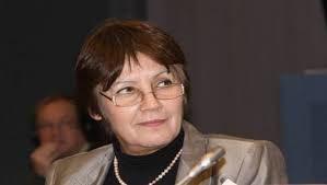 Madame la ministre de l'education nationale (la Juive) : nos enfants vont trés mal (source Le Soir d'Algérie)