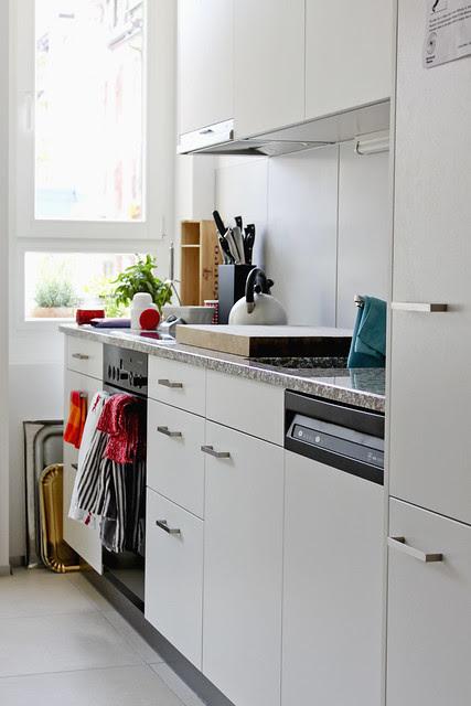 Küchenkombination Herd und Abwaschmaschine