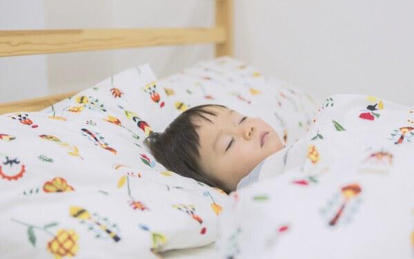 寝相 悪い 原因 寝相が悪い原因は?病気の可能性や寝室の環境について
