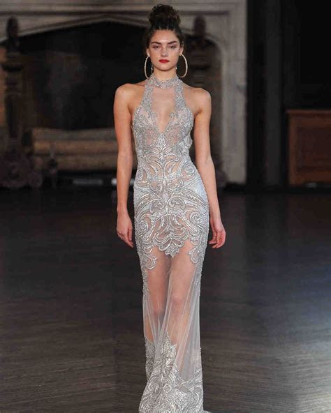 Sexy Wedding Dresses for Brides Who Want to Turn Heads