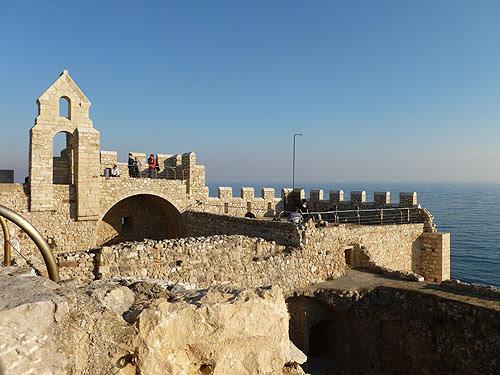 terrasse du vieux monastère.jpg