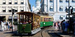 Старинный трамвай работает только летом. // stadinratikat.fi