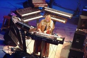 rick wakeman on stage with keyboards