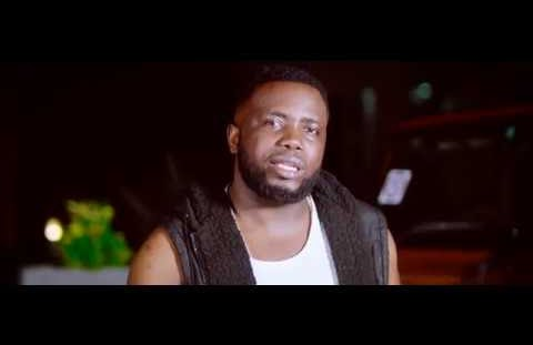 Download  or Watch(Official Video) Mr t touch ft Y dee & Chadala - Zaidi yao