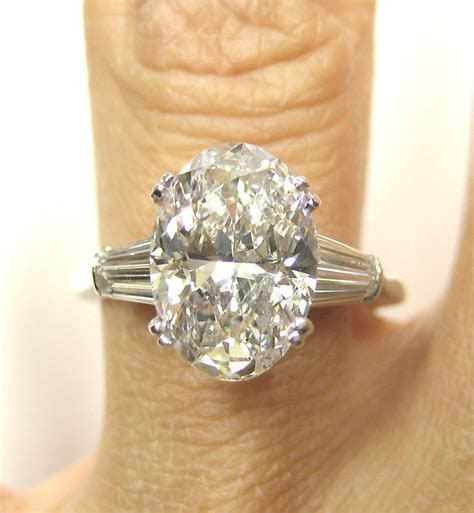 Rare..Estate Vintage 2.96ct Classic OVAL Cut Diamond