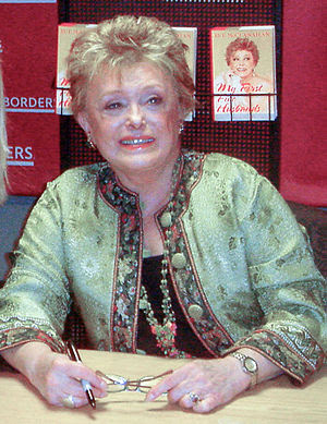 Rue McClanahan at a book signing for her book ...