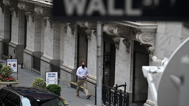 Dow bajo casi 600 puntos debido a la caída de las acciones tecnológicas