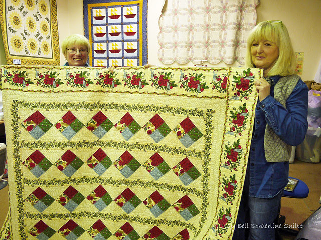 At Borderland Fabrics Anne's Christmas Quilt 2a a copy