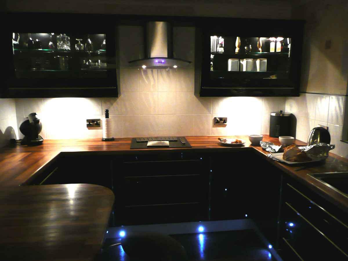 Black Laminate Flooring   Feel The Home