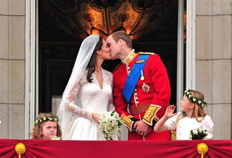 Kate Middleton and Prince William's Wedding Facts and Photos