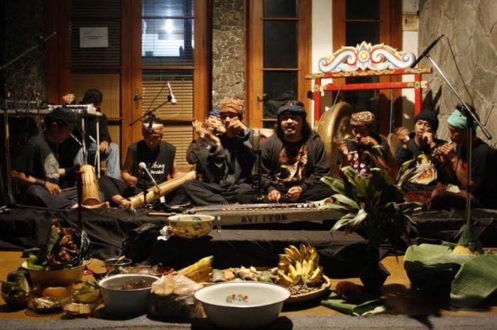 belajar musik membuatmu mengenal berbagai budaya