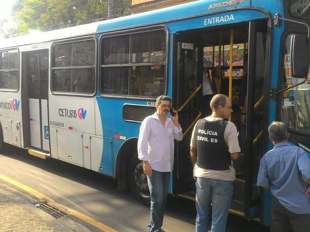 Motorista de ônibus morre baleado em Vila Velha (Foto: Marcelo Prest/ A Gazeta)