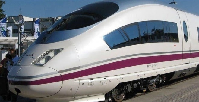 Tren AVE de Renfe. E.P.