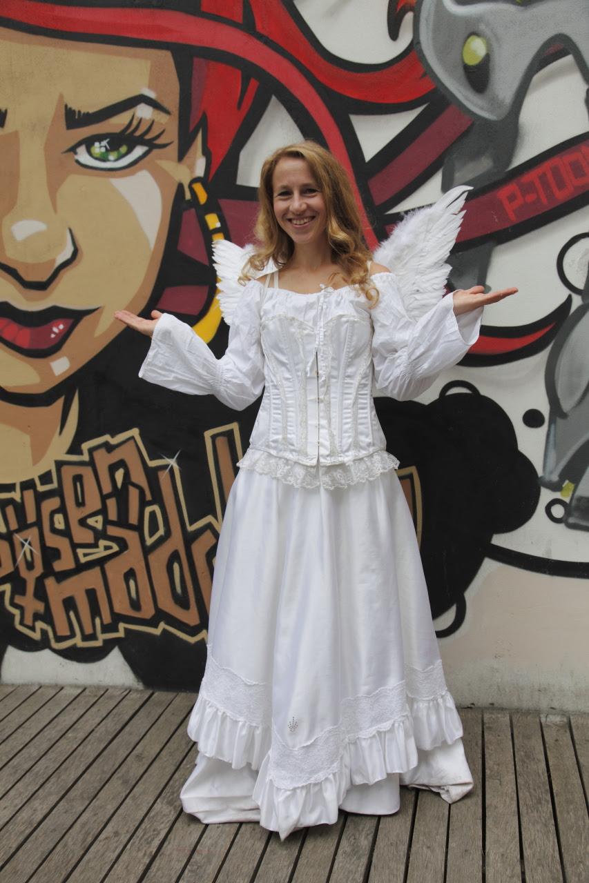 http://kinoberlino.de/kb_pics/KinoBerlino_2012_web_63_Angela.JPG