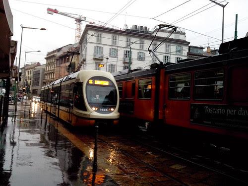 Incrocio dei tram in via Broletto by Ylbert Durishti