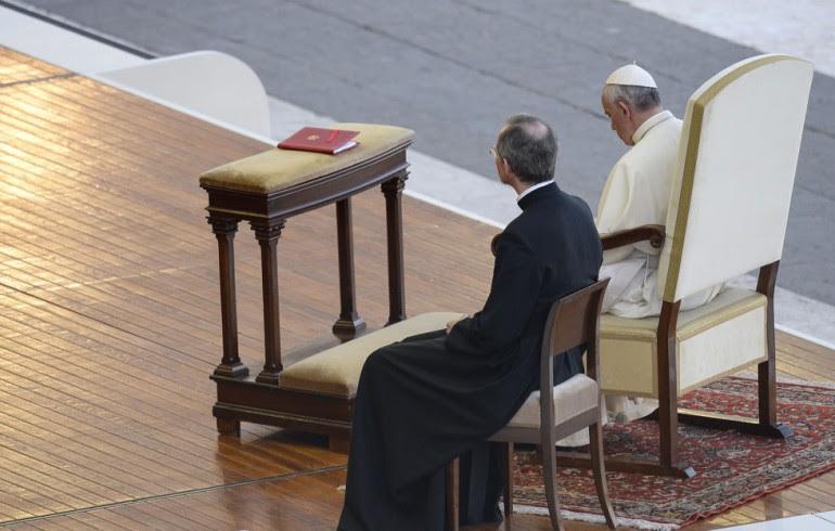 Papa Francesco e i vicini di casa
