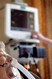 Mobile phones can interfere with hospital intensive critical care equipment