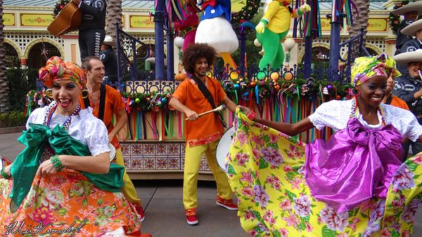 Disneyland Resort, Disney California Adventure, Paradise Pier, Paradise Garden, Viva Navidad, Three Caballeros, Street Party