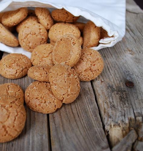 Amaretti Cookies 2
