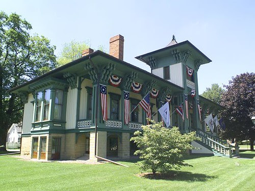 Historic Honolulu House - Marshall, MI