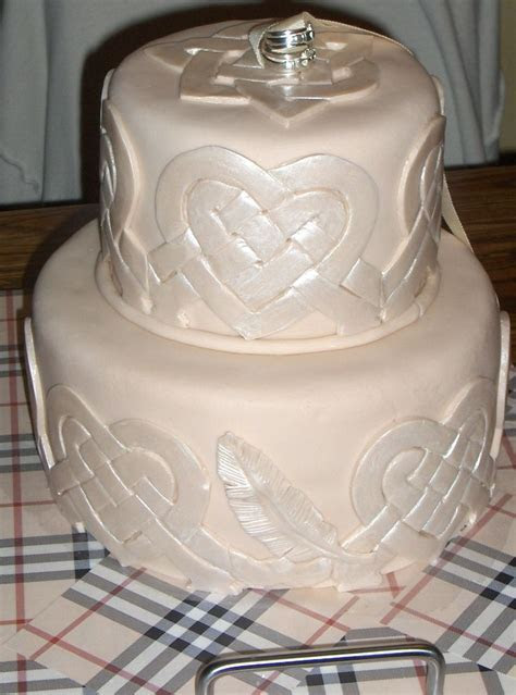 17 Best images about Celtic wedding cakes I love :)
