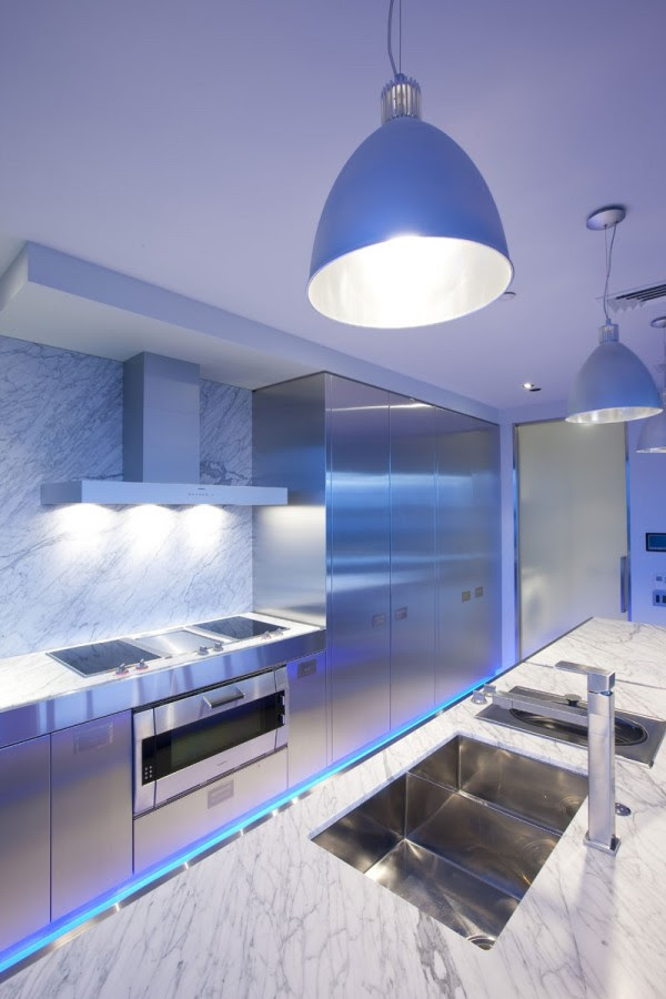 blue highlighted modern kitchen 3