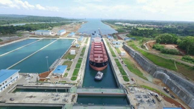 Γεγονός η πρώτη διέλευση πλοίου από τη Νέα Διώρυγα του Παναμά