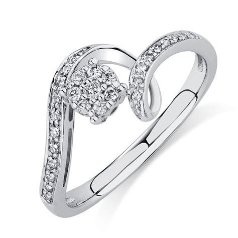 Engagement Ring with Diamonds in 10kt White Gold