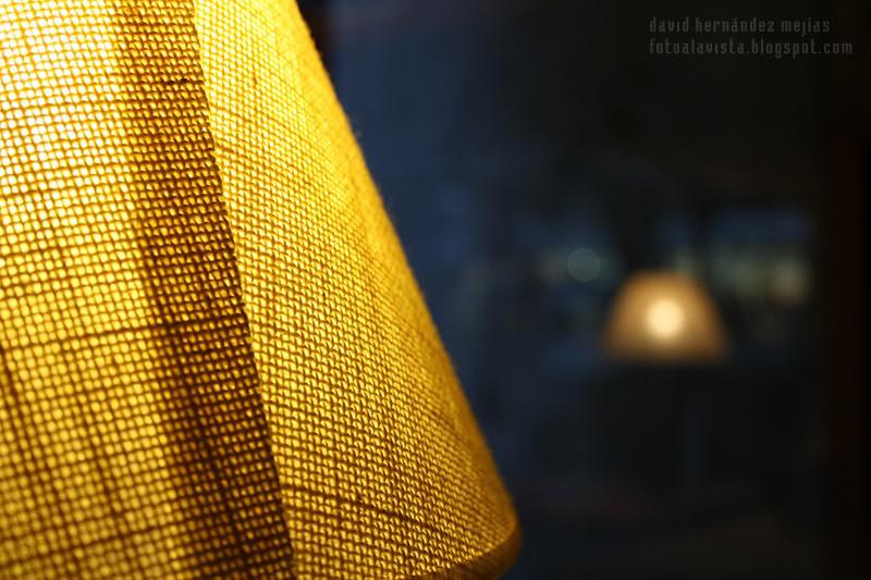 A la luz de una lámpara de cafetería: #RetoBokeh