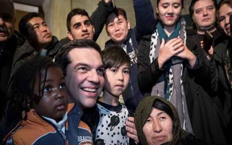 Αποτέλεσμα εικόνας για τσιπρας με λαθρομετανάστες