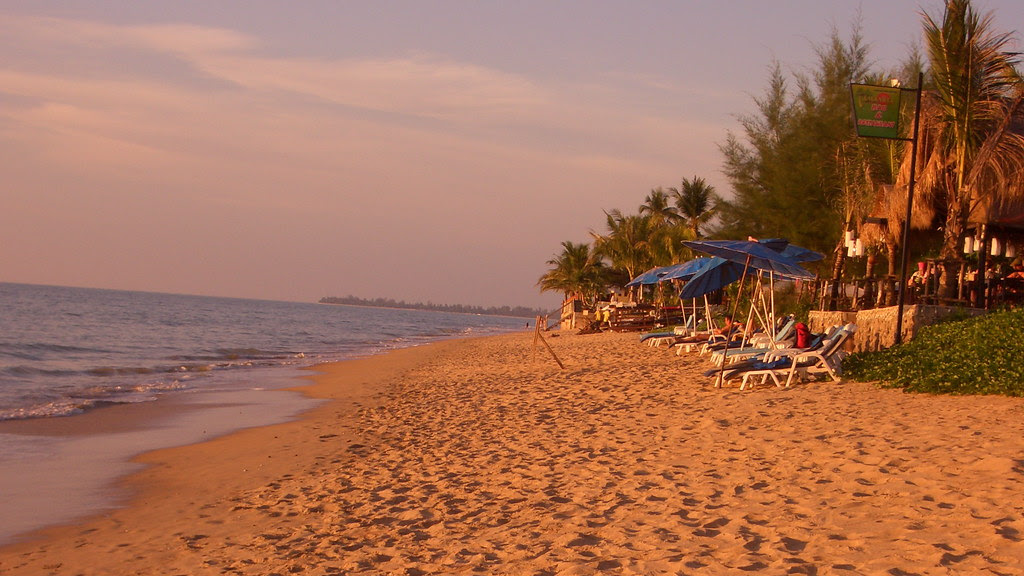 Thailand: Khao Lak - mavelous beach