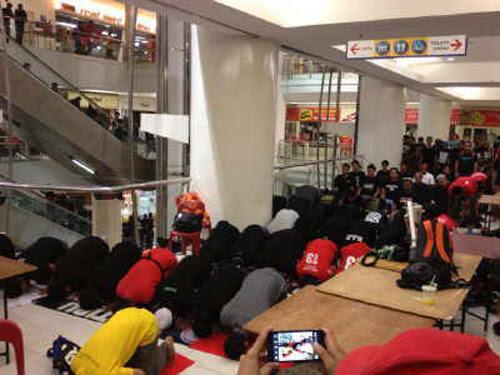 8835117597 90c0899240 o Gambar dan Video Perhimpunan Blackout 505 di Petaling Jaya 25 Mei 2013