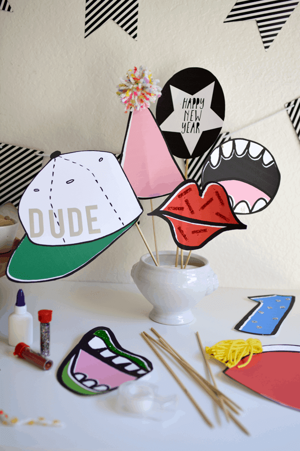 Printable Photo Booth Props For New Years Eve Cupcakes And Cutlery
