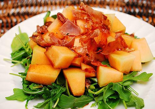 Cantaloupe & Crispy Prosciutto Arugula Salad