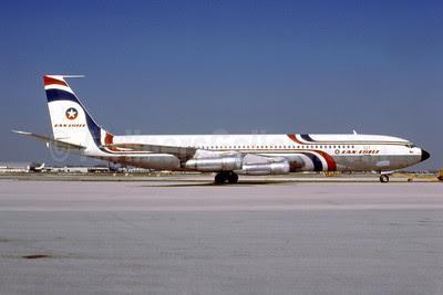 LAN-Chile Boeing 707-351C CC-CCK (msn 19443) MIA (Bruce Drum). Image: 102768.