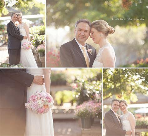 sweet   Houston tiny boxwoods wedding   Fresh Light