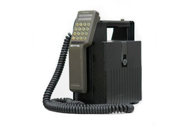 The first phone call made on a commercial mobile network in the UK was made on the Transportable Vodafone VT1