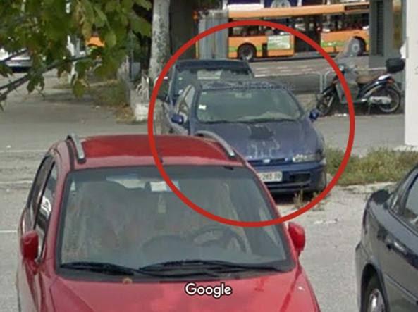L'auto in cui abitava Giovanni Cosenza