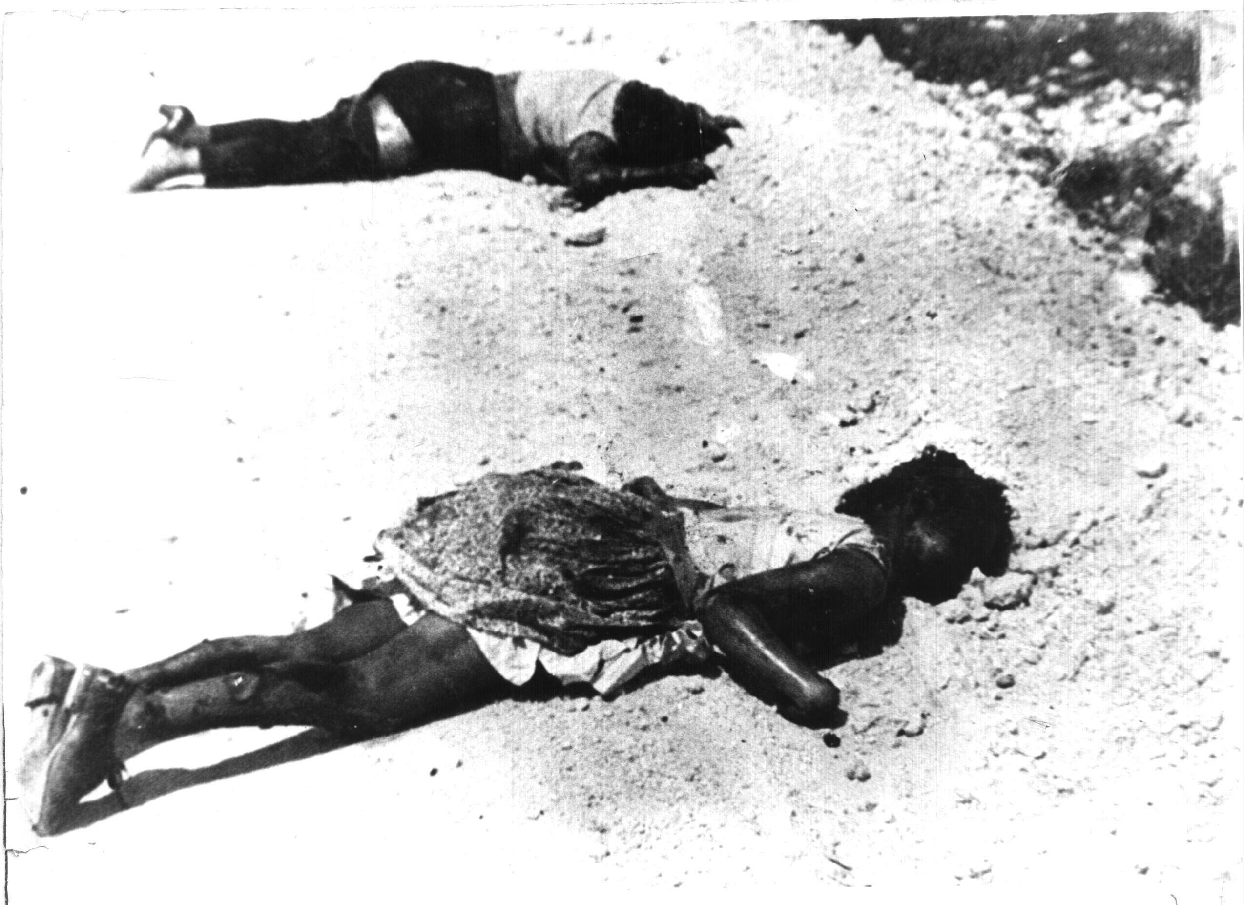 http://media.cubadebate.cu/wp-content/gallery/50-anos-de-la-victoria-de-playa-giron/giron_civiles_ametrallados.jpg