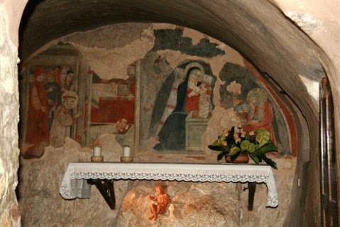 cammino_san_francesco_santuario_grotta_del_presepe_greccio